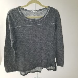 Caslon gray High-Low long sleeve popover size S